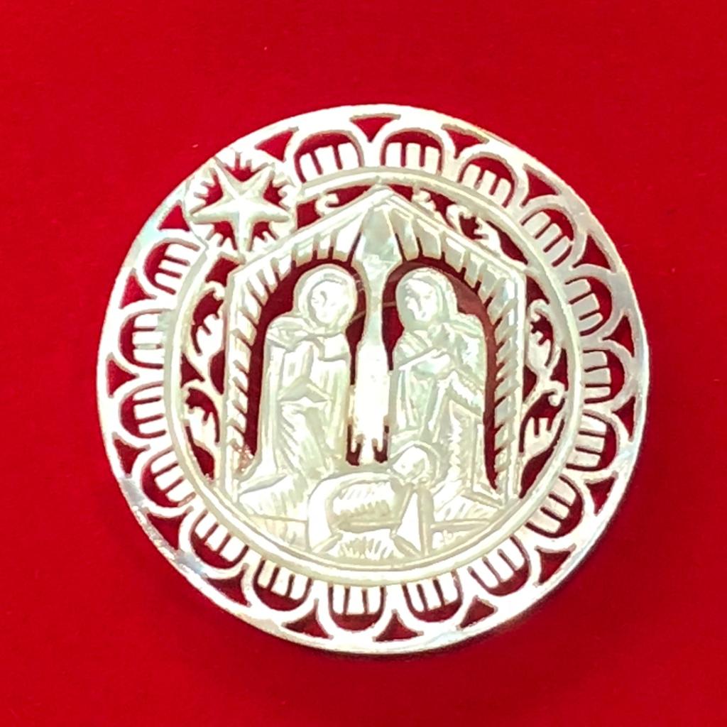 白蝶貝を使ったボタン-アイリス ボタンの博物館